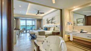Room at Hideaway Royalton negril package vacation tour